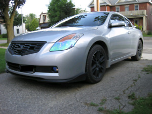 08 altima coupe 3.5se 6 speed. Basically brand new. SALE/trade
