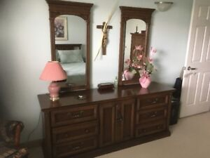 5 Piece Bedroom Set (with 2 Mirrors)