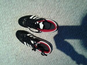 girls soccer shoes