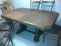 SOLID OAK TABLE AND CHAIRS MUST SELL