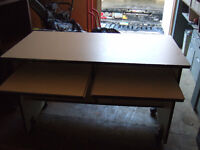 Computer desk *********** ONLY $14