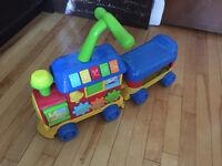 Trotteur - Train avec wagon