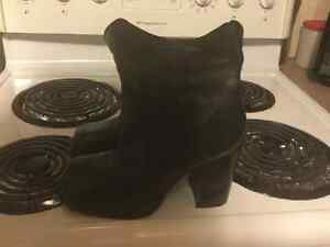 Black dress boots for sale Strathcona County Edmonton Area image 1