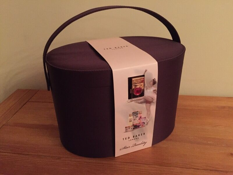Gorgeous New Ted Baker Purple Vanity Case Gift Set Perfect For Christmas In Kintore
