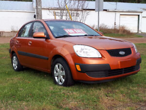 2006 Kia Rio 4-Door Sedan