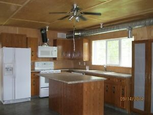 Newer 1 bedroom house with Country living!!!!