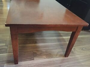 Solid wood coffee table - pick up! West Island Greater Montréal image 2