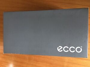 Brand new in box ECCO shoes size 7-7.5 (EUR 41) West Island Greater Montréal image 7