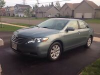 Toyota Camry Hybrid-electric 2009 106k moonroof loaded