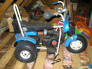 late 70s or early 80s Power wheels police motorcycle