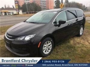 2017 Chrysler Pacifica Touring  - $210.94 B/W