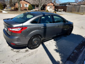 2012 Ford Focus Titanium (Safetied-Certified)