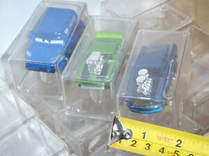 CLEAR PLASTIC CAR DISPLAY STORAGE CUBE CASES HO 1/64