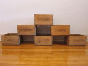 Caisses en bois pour jardinières / Wooden boxes for plants