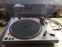 Technics SL-1800 Direct Drive Turntable