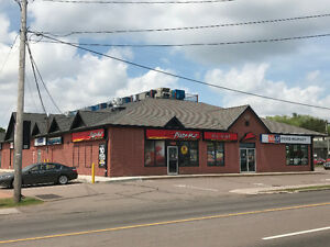 KIRKWOOD MEWS - 1500 SQ.FT. - PIZZA HUT - Available July 1, 17