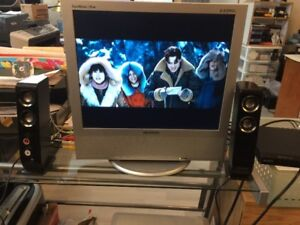 "TV Samsung SyncMaster 710MP 17""/ SONY CD-DVD PLAYER & SPEAKERS S"