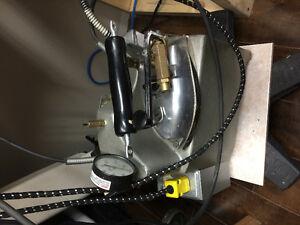 Mini boiler steam iron