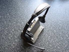 Plantronics W01/A Wireless Headset System BASE & Headset & Charger.