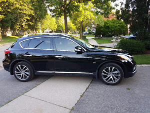 2016 Infiniti QX50 SUV, almost new, NAVI+Premium loaded, black