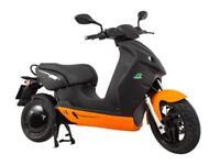 Vmoto 120L twist n go electric scooter, 125cc equivilent, 50 miles range
