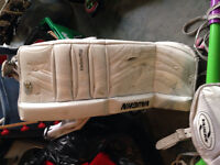 Youth Goalie pads 22.1