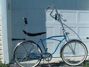 Beach cruiser, old skool 70's style bike, new