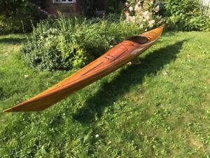 Kayak de mer unique en cèdre