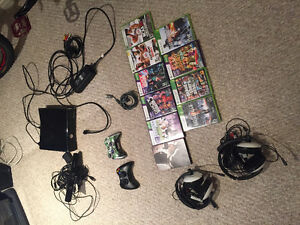XBox 360 with Kinect Kitchener / Waterloo Kitchener Area image 1