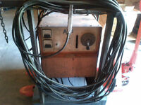 AIRCO 250 AMP DC MIG WELDER