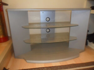 TV / STEREO STAND