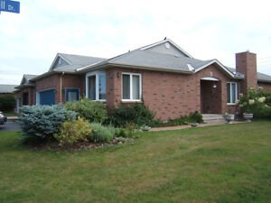 2-Br. Bungalow, Adult Community, all incl., Oct. 15 to Apr. 14