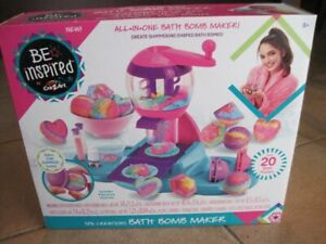 Bath bomb craft kit.