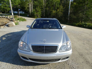 2004 mercedes S-class 4matic. Amazing value