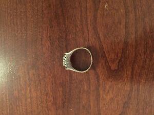 14 karat gold ring with diamonds West Island Greater Montréal image 2