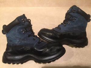 Women's Cougar Winter Boots Size 7 London Ontario image 6