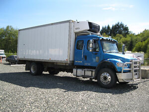 M2-106 Freightliner with Legal Sleeper and C-7 Cat Engine Comox / Courtenay / Cumberland Comox Valley Area image 1