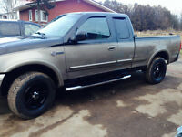 $ 3800 obo 2003 Ford F-150 HERITAGE LOOKS AMAZING