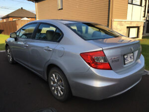 Civic LX, 2012, 99 000km