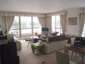 3 bedroom property river views! available 12th Feb