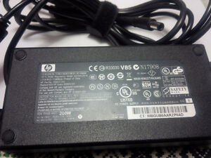 Hp Dell AC ADAPTER HSTNN-DA16 200W ouput 19.5V 10.3A Kitchener / Waterloo Kitchener Area image 1