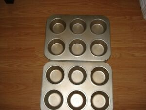 EXTRA LARGE MUFFIN TINS