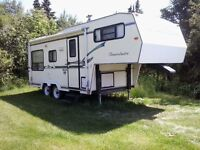 PRICE REDUCED.. FIFTH WHEEL