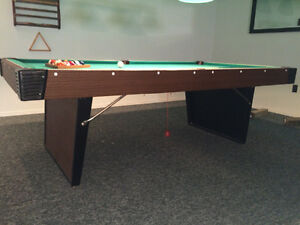 Pool Table with light and accesories Peterborough Peterborough Area image 7