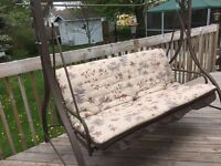 Outdoor swing no top very nice condition can deliver for $30