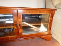 Reproduction television unit