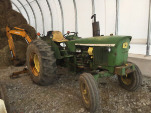 Johndeere tractor and 3pth back hoe