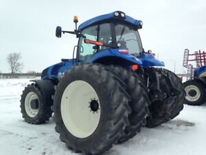 2012 New Holland T8.360 MFWD Tractor London Ontario image 4