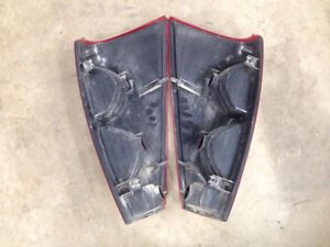 Tail Lights for 02-06 Chevy Avalanche London Ontario image 2