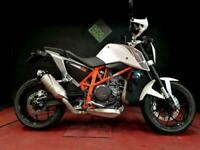 KTM 690 DUKE 2014. 4565 MILES. RECENT SERVICE. EXTRAS. GREAT CONDITION